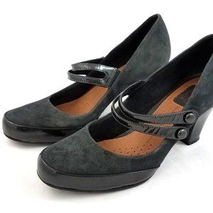 Clarks Artisan Mary Janes Gray Suede Heels Shoes